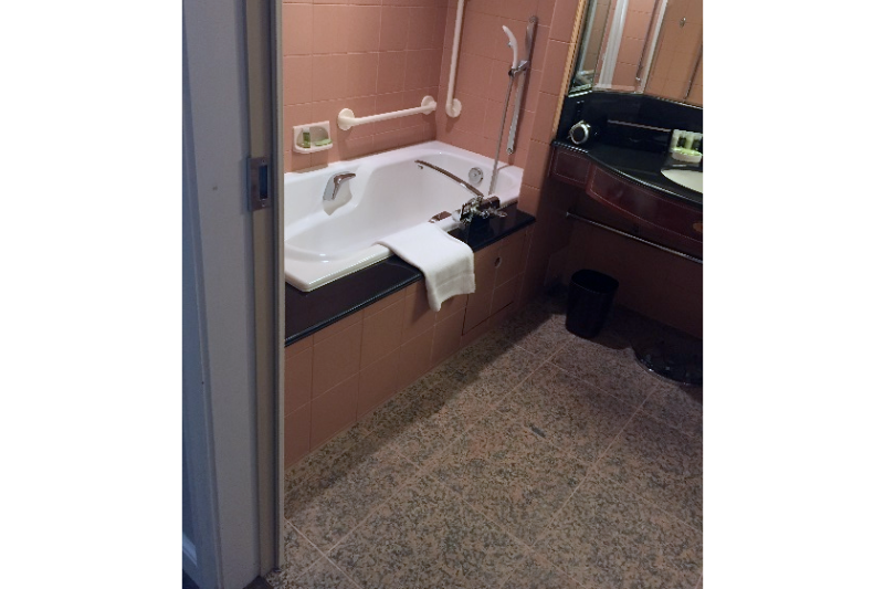 westin_tokyo_accessible_room-measurements_11
