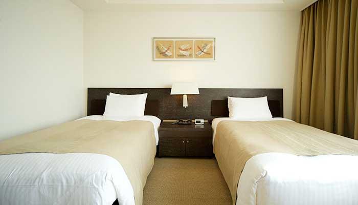 park_hotel_tokyo_-_accessible_room_2