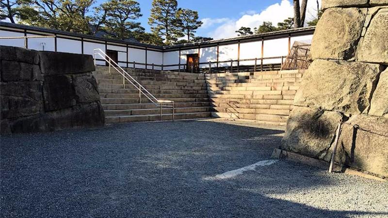 nijo-castle-honmaru-inaccessible-entrance