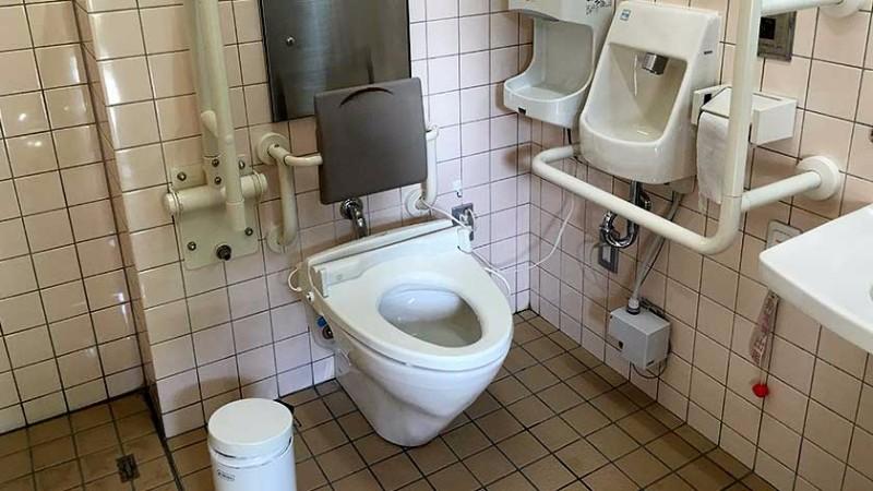 ginkakuji_-_toilet