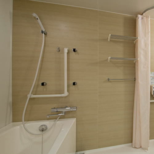green_rich_hotels_kyoto_eki_minami_-_accessible_room__-_shower