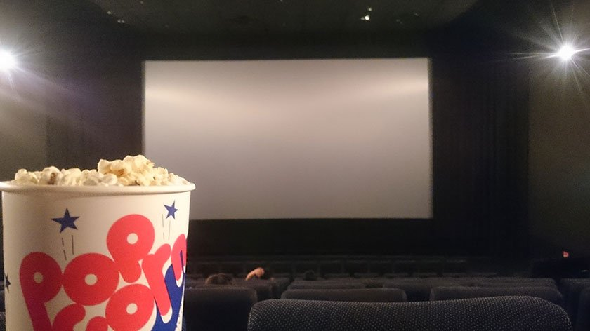 Tech Helps Visually Impaired Moviegoers in Japan