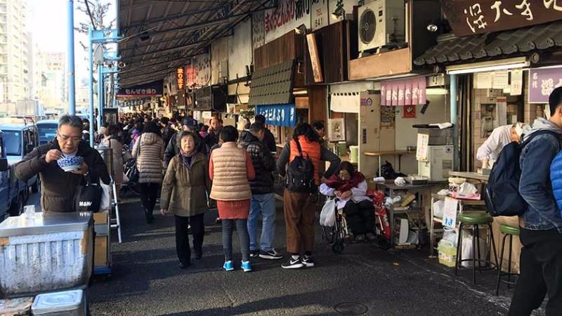tsukiji-outer-market-outside