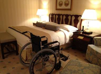 ritz-carlton-osaka-accessible-bed