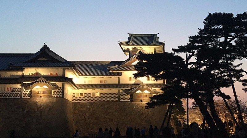 kanazawa-castle-feature