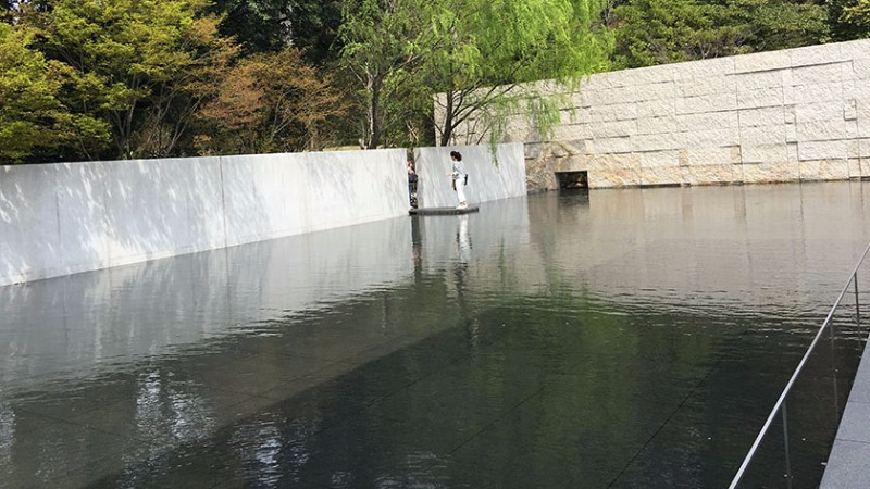dt-suzuki-museum-outcrop