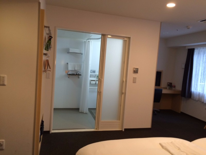 best-western-hotel-fino-osaka-shinsaibashi-accessible-room-4