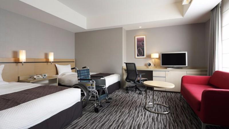 haneda-excel-hotel-feature-accessible-room
