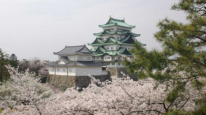 Planned Reconstruction of Nagoya Castle Lacks Elevator