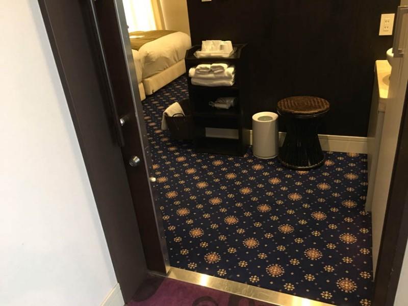centurion-hotel-grand-akasaka-entrance
