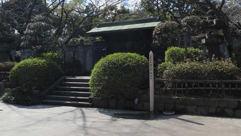 zojoji-temple-mausoleum