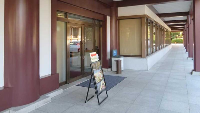 zojoji-temple-museum-entrance