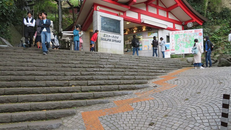 enoshima-escalator