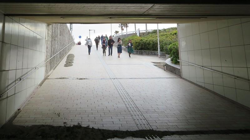 enoshima-tunnel