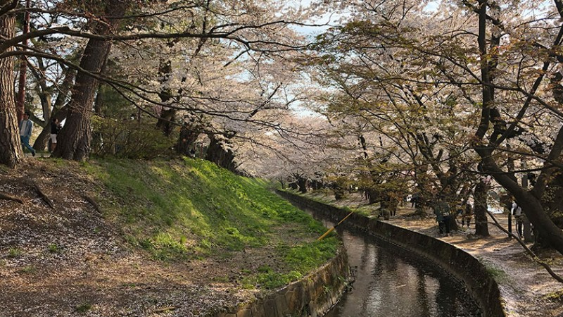 hirosaki-castle-moat