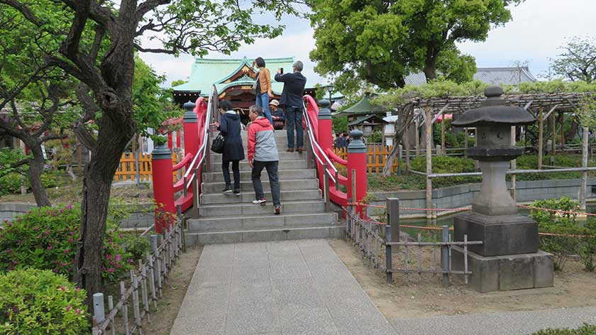 Kameido Tenjin Shrine bridges