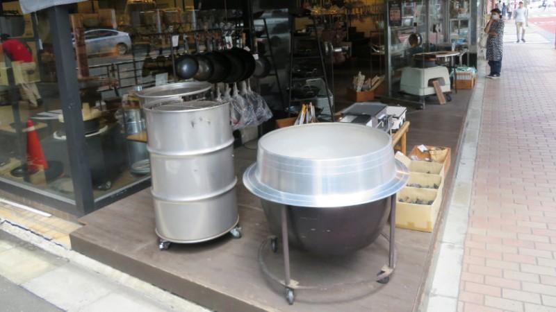kappabashi-street-pots
