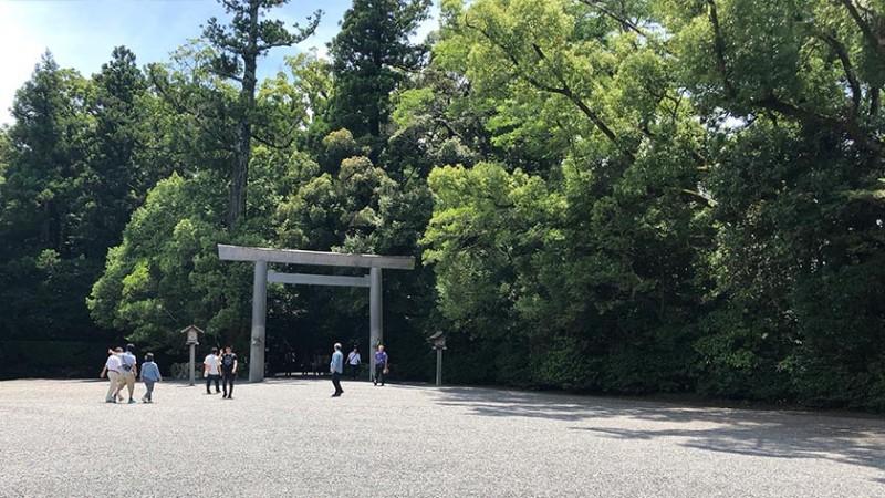 ise-grand-shrine-gravel