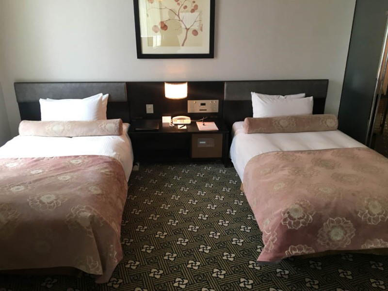 grand-prince-hiroshima-accessible-room-beds