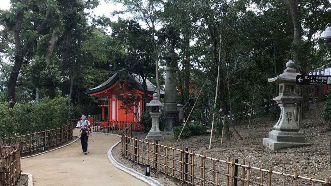 Accessible path to Horse Shrine at Fushimi Inari Taisha