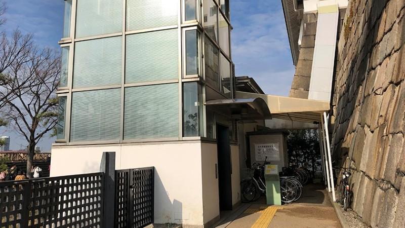 osaka-castle-outer-elevator