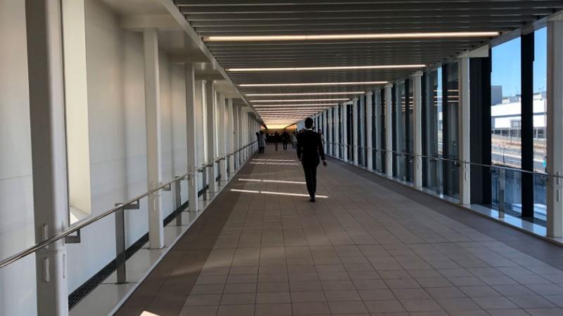 toyosu-market-walkway