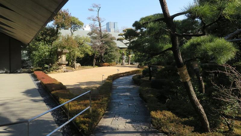 nezu-museum-garden-1