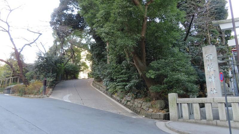 hie-shrine-side-road