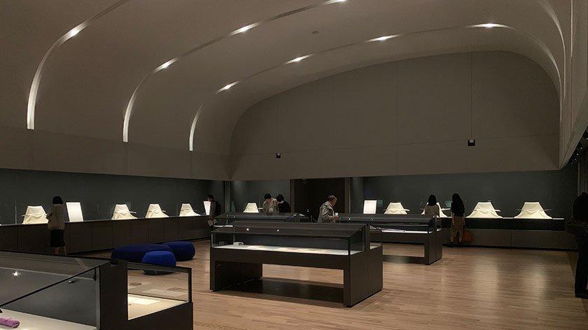 Inside Japanese Sword Museum